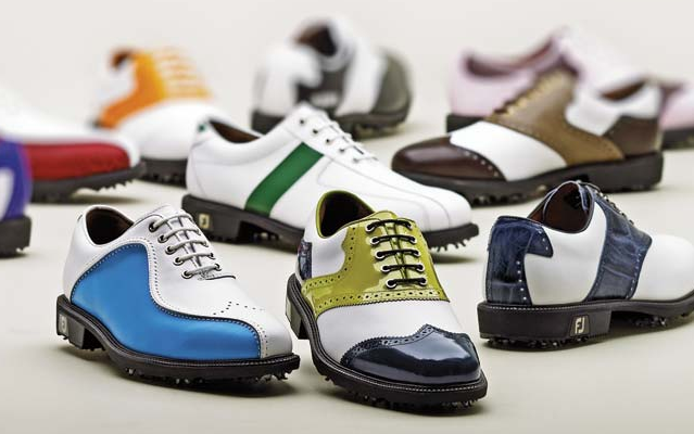 Are Golf Shoes Mondatory To Play Golf