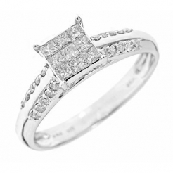 What To Look For When Buying a Diamond Engagement Ring